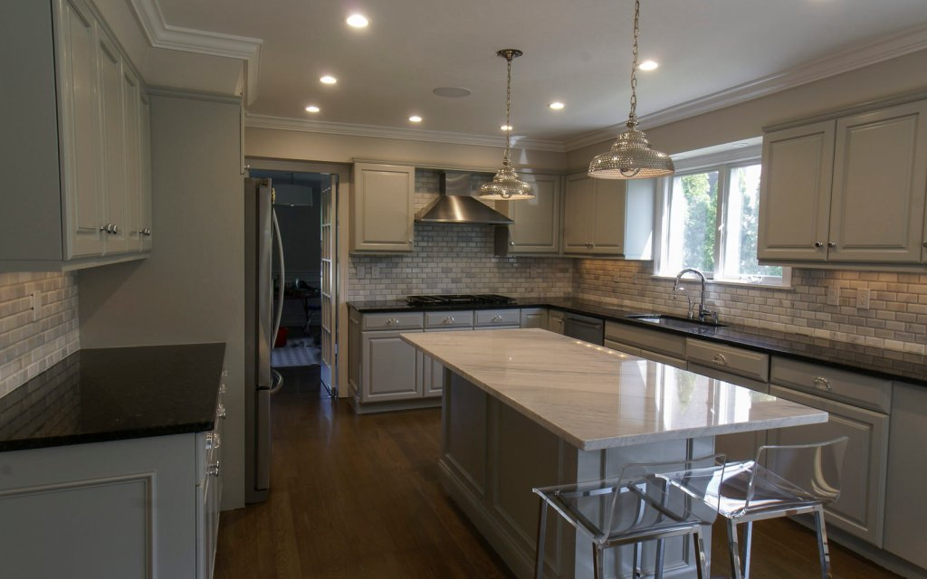 Ed-Ensign-Contracting-Kitchens-16x10-02
