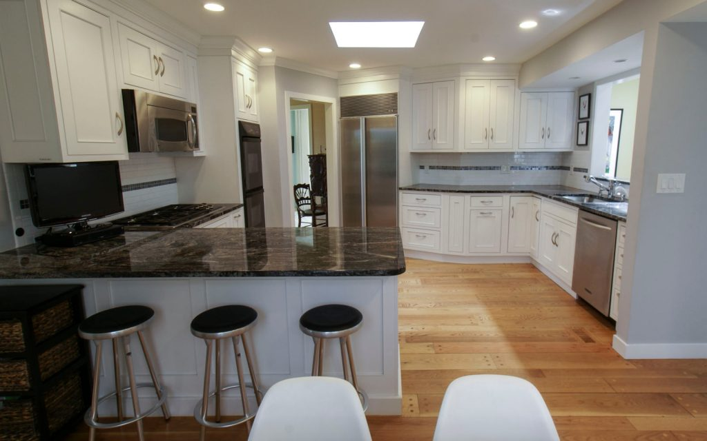 Ed-Ensign-Contracting-Kitchens-16x10-08