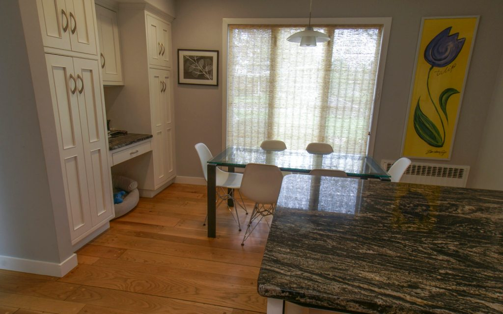 Ed-Ensign-Contracting-Kitchens-16x10-10