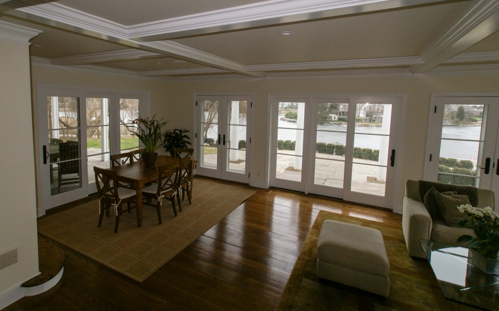 Ed-Ensign-Contracting-Living-Rooms-04