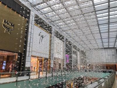 Fashion & Travel | The Fabulous Fashion Avenue of Dubai ...