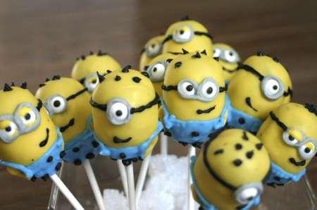 minion-cake-pops