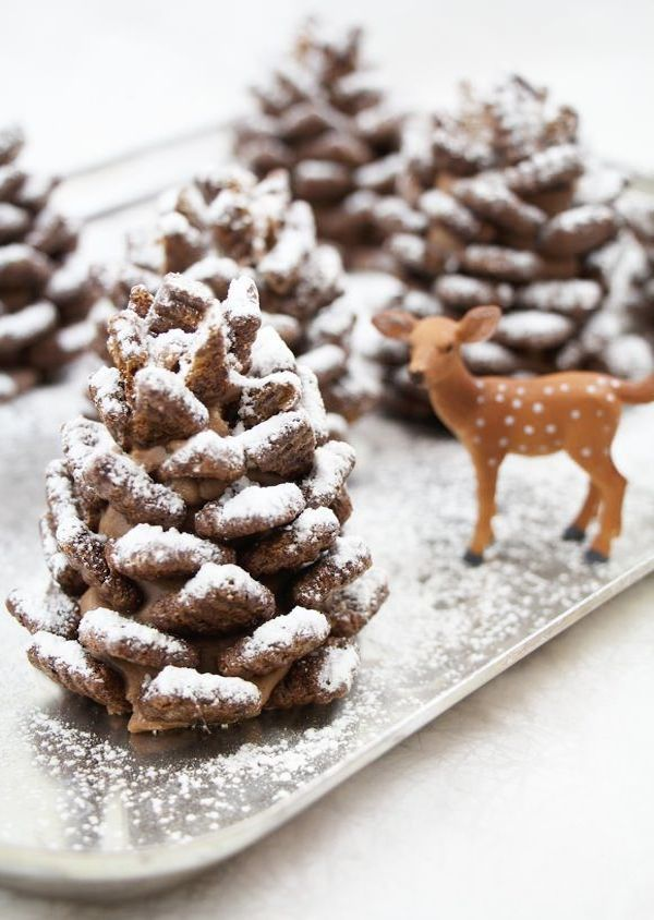 Quick and Easy Pine Cone Snacks