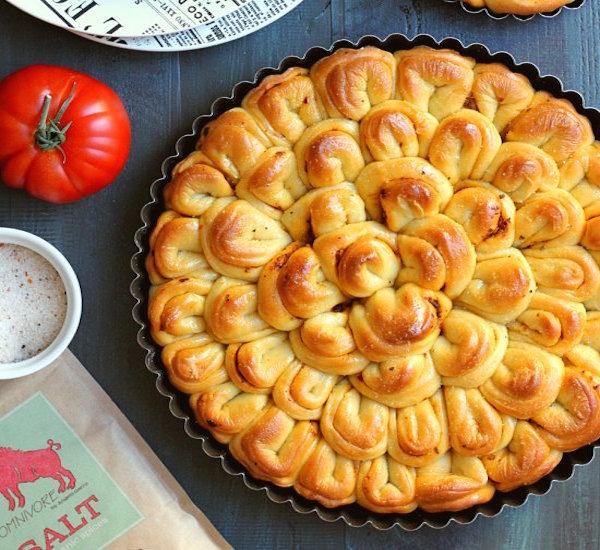 French Bread Pizza With Pesto & Sun-Dried Tomatoes Recipe ...