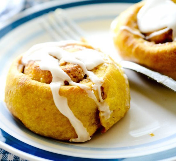 Pumpkin Cinnamon Rolls – Edible Crafts
