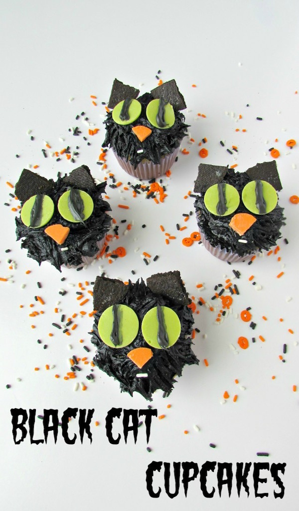 Black-Cat-Cupcakes-Val-Event-Gal
