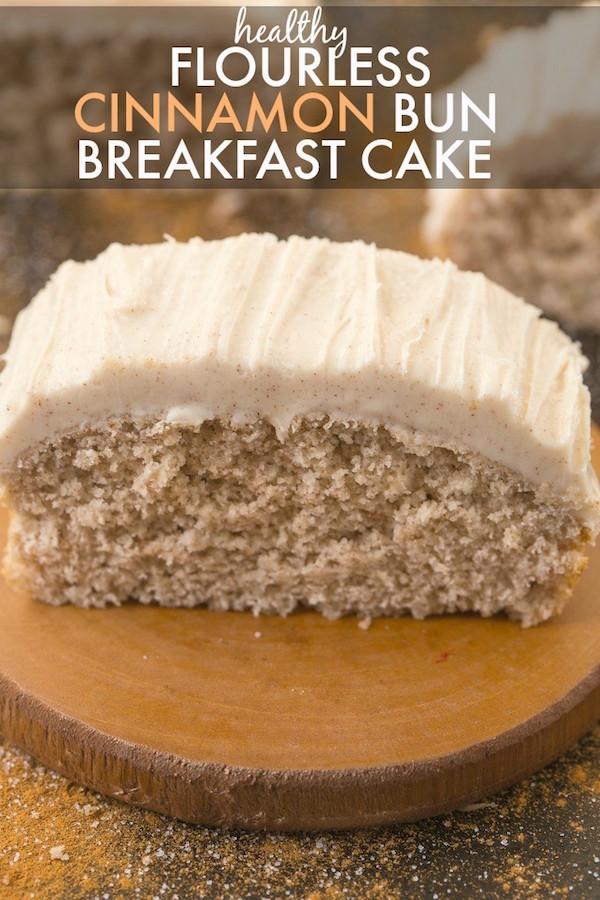 Healthy-flourless-cinnamon-bun-breakfast-cake