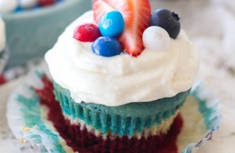 Red, White, and Blue Velvet Cupcakes