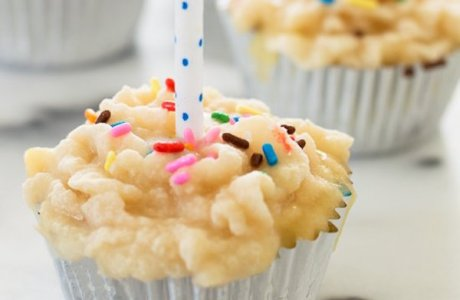 Birthday Cupcake Dog Popsicles with Tuna Frosting