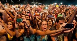 festival-phones