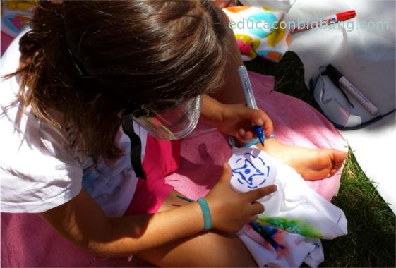 Pintando la camiseta