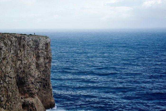 precipice