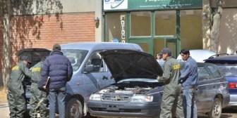 Ante presiones externas, Cancillería boliviana se compromete a devolver 1.400 vehículos robados