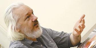 Gobierno boliviano no cree en versión de Assange