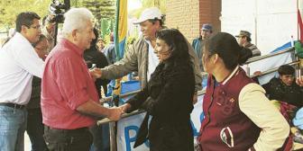 Chiquitanos levantan la huelga tras visita de Costas