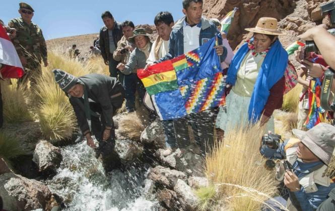 Por falta de coordinación interna y ante acciones bolivianas, Chile suspende viaje al Silala