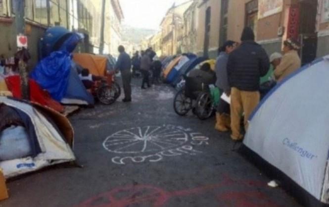Discapacitados deciden mantener la vigilia y suspender la huelga de hambre en La Paz