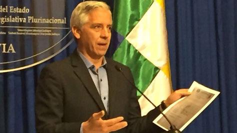 Álvaro García Linera en conferencia de prensa este lunes en la Vicepresidencia