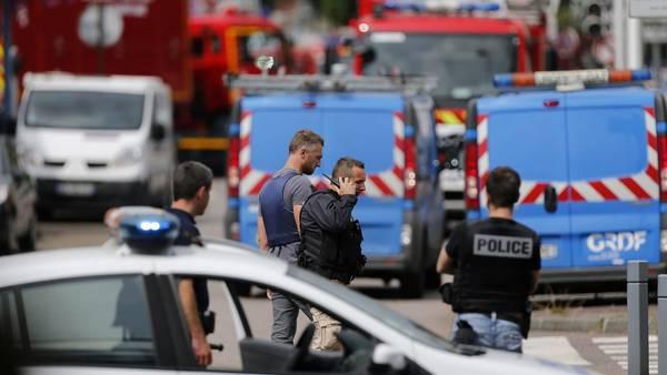 Ataque en una iglesia en Saint Etienne du Rouvray, Francia. AFP