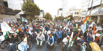 Discapacitados dejan La Paz luego de más de 3 meses de movilización; Evo no los recibió