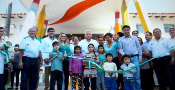 El gobernador Rubén Costas estuvo presente en el acto