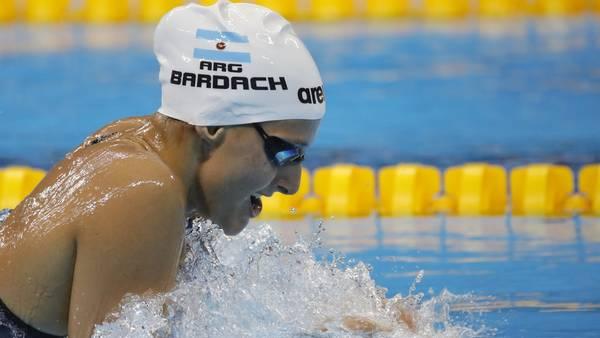 La nadadora argentina Virginia Bardach en acción durante la competencia de 400m combinado individual femenino. (EFE)