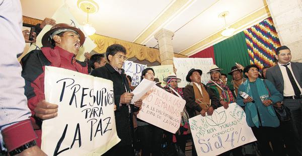 Al cerrar los piquetes de huelga, los dirigentes oficializaron los bloqueos a partir de esta jornada