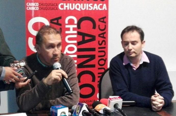 La conferencia esta mañana de los representantes de CAINCO. Foto: Enrique Quintanilla