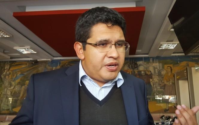 Rubén Costas recorrerá el país el 2017 para diseñar el plan de gobierno 2019