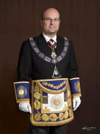 Óscar de Alfonso Ortega es el actual Gran Maestro de la Logia de España.