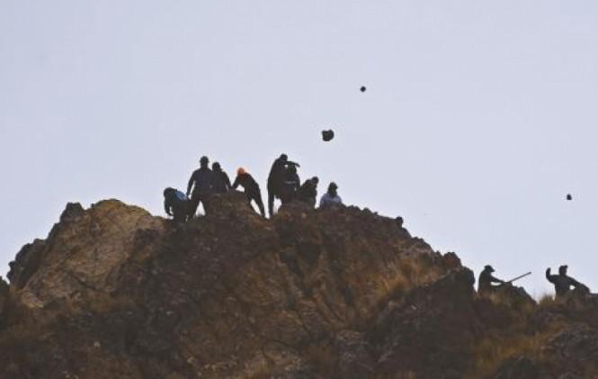 Mineros bolivianos levantan bloqueo en la ruta La Paz-Oruro