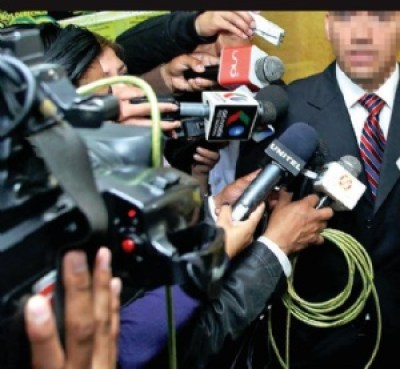 Morales reprocha que muchos periodistas no canten el himno nacional en los actos