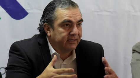 El ministro de Autonomías, Hugo Siles. Foto: Ángel Illanes