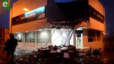Fuertes lluvias y vientos huracanados causaron destrozos en Cobija