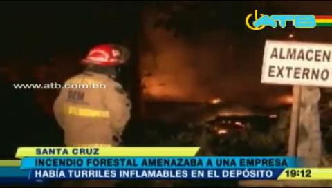 Incendio forestal casi ocasiona la explosión en un depósito