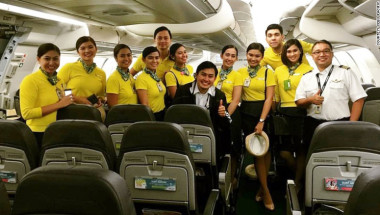 160818112444-flight-deck-and-cabin-crew-on-duty-during-baby-havens-delivery-on-august-14-2016-exlarge-169