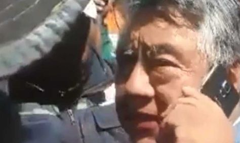 El viceministro Illanes, secuestrado en Panduro, habla con un ministro.