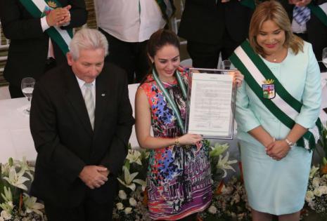 María Belén Arias viuda de Molina recibió el reconocimiento