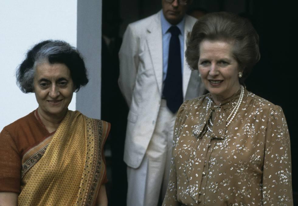El vestido con el que Margaret Thatcher se reunió con Indira Gandhi. durante su visita a la India en 1983, es uno de los trajes donados al V&A.