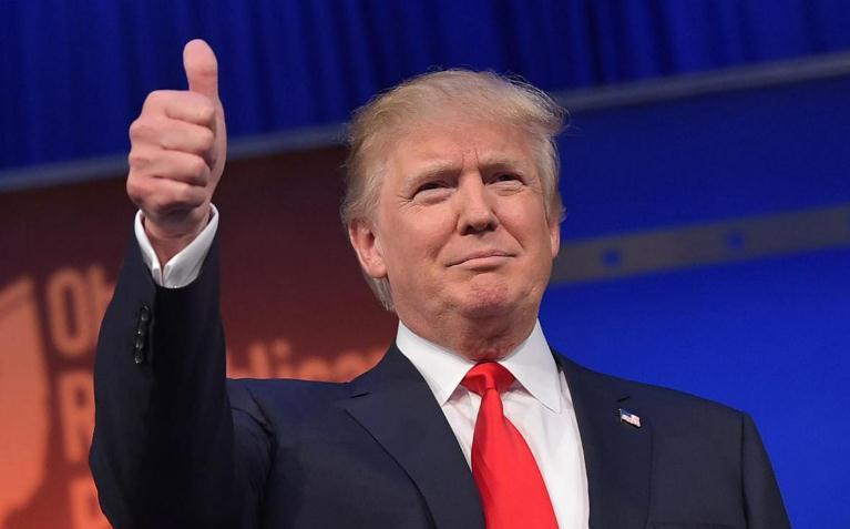 Trump entrega reporte médico en programa de TV, no revelan detalles