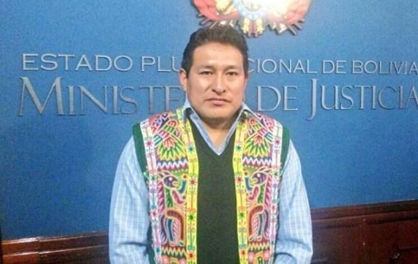 Posesionan a Gilvio Janayo como nuevo viceministro de Justicia Indígena