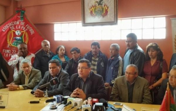 UMSA procesa a dirigente de la Federación Boliviana de Futbol acusado de falsificar su título de abogado
