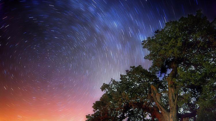 ¿Cómo se produce la lluvia de estrellas que se verá esta noche?