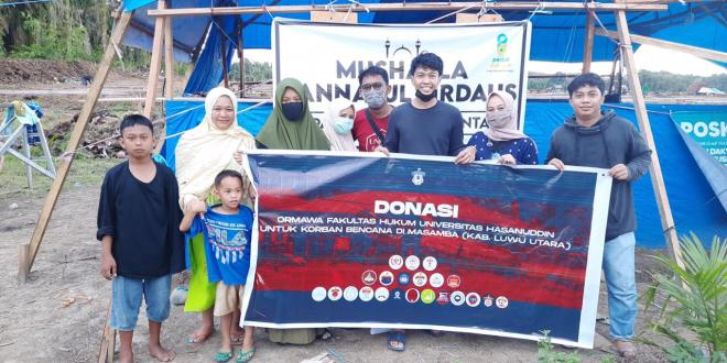 Peduli Banjir Masamba, Lembaga Kemahasiswaan FH-UH Salurkan Bantuan