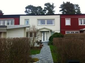 Ekstrands ytterdörr Koto 103 G13 och trä/alu fönster