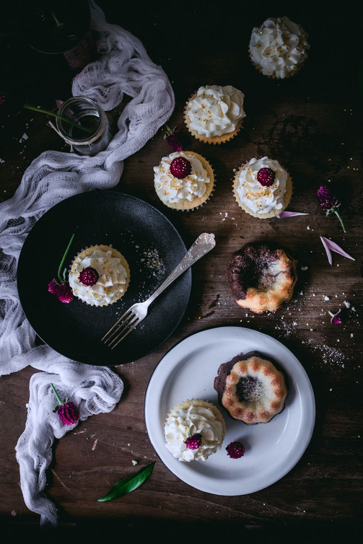 vanilla_bean_cupcakes-3092
