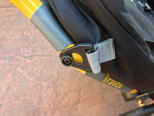 burley-travoy-trailer-attachment-clip
