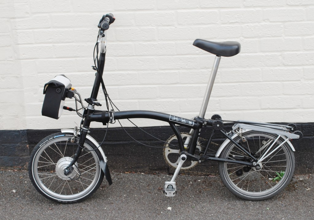 20-brompton-conversion-on-customer-bike-with-brompton-luggage-2