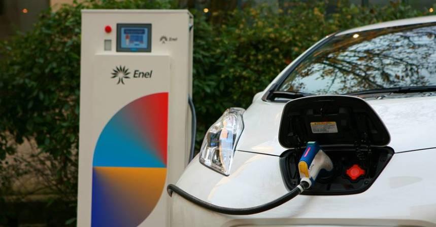 Los vehículos eléctricos alimentarán las oficinas de Nissan en Europa