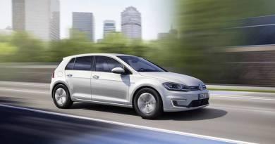 Volkswagen presenta el nuevo e-Golf 2017